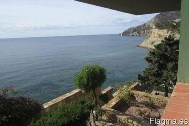 Недвижимость в Испании,Квартира на первой линии море в Кальп