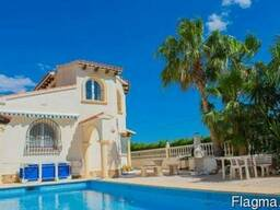 Недвижимость в Испании, Вилла с видами на море в Кальпе