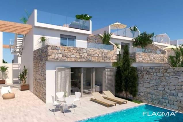 Недвижимость в Испании, Новая вилла в Лос Алькаcарес