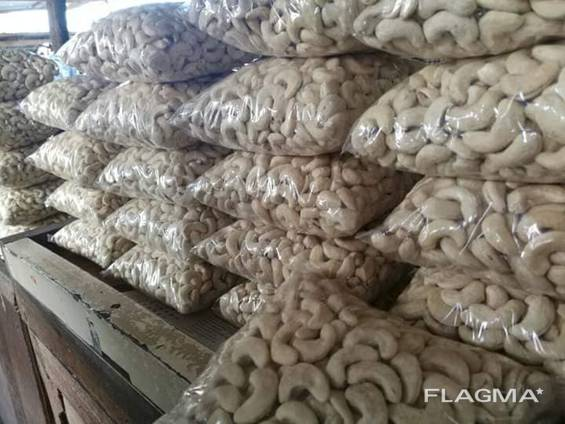 Vietnam cashew nuts available